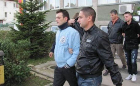 O instanţã a Curţii de Apel Alba Iulia a respins apelurile pe care le formulaserã copii unor magistraţi gorjeni implicaţi cu doi ani în urmã într-un dosar de trafic de...