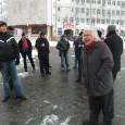 Vreo 15 gorjeni au continuat şi în ultimele zile sã protesteze în centrul oraşului împotriva actualei puteri politice, mai ales împotriva lui Traian Bãsescu, cei veniţi în piaţã putând fi...