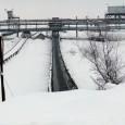 Grav accident de muncã la cariera Roşiuţa, din cadrul Societãţii Naţionale a Lignitului Oltenia, unde un bãrbat de 53 de ani a fost gãsit mort marţi dimineaţa chiar pe banda...