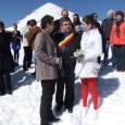 Nuntã ineditã a unui cuplu din Târgu Jiu, care a decis sã îşi uneascã destinele în vârful muntelui, tocmai la 2000 de metri altitudine, la Rânca. Mirele şi mireasa au...