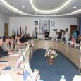Noul Consiliu Local Târgu Jiu s-a întrunit în prima şedinţã de pe acest an. Cei 21 de consilieri locali au depus jurãmintele şi au votat noii viceprimari ai oraşului. La...
