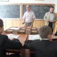 """Majoritatea familiilor de romi din municipiu îşi dau copii la o singurã şcoalã din oraş, respectiv la """"fosta generalã 5"""", de pe Calea Severinului, mulţi dintre ei urmând sã fie..."""