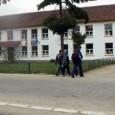 Doi elevi din Gorj au fost exmatriculaţi dupã ce unul dintre ei a folosit un spray lacrimogen în timpul orei de englezã, iar celãlalt a înjurat-o pe profesoara în ora...