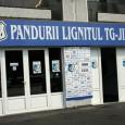 Clubul Sportiv Pandurii Lignitul Târgu Jiu a renunţat la finanţarea pe care o primea din partea Complexului Energetic Oltenia, preşedintele Consiliului de Administraţie al echipei, Marin Condescu, precizând cã finanţarea...