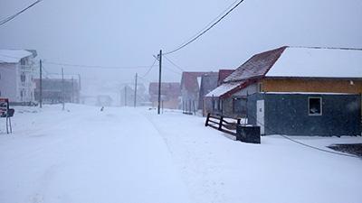 A nins şi a viscolit la Rânca în cursul zilei de miercuri încât oricine ar fi ajuns acolo nu ar fi crezut că în urmă cu doar câteva zile...