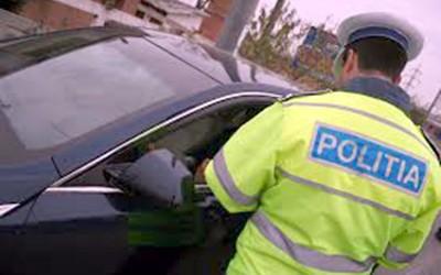 Un banal control de rutină la care nu a oprit pentru a prezenta actele la control îl poate trimite după gratii pe un şofer din municipiu care este şi fiul...